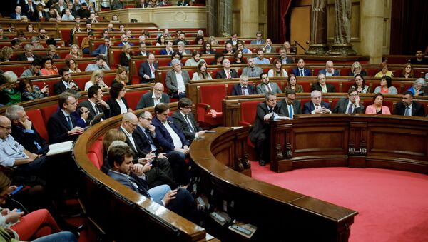 Plenary session of the Catalan Parliament. Its deputies discuss potential measures in response to the Spanish Government's decision to use the 155th Article of the Constitution and actually introduce direct rule of the autonomy from Madrid - Sputnik International