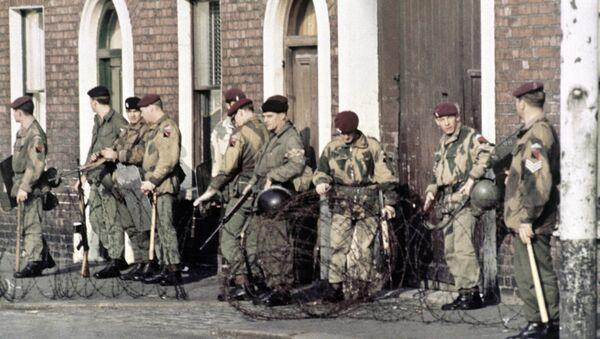 British troops patrol in Belfast, Northern Ireland in 1969, following conflict in the city. - Sputnik International
