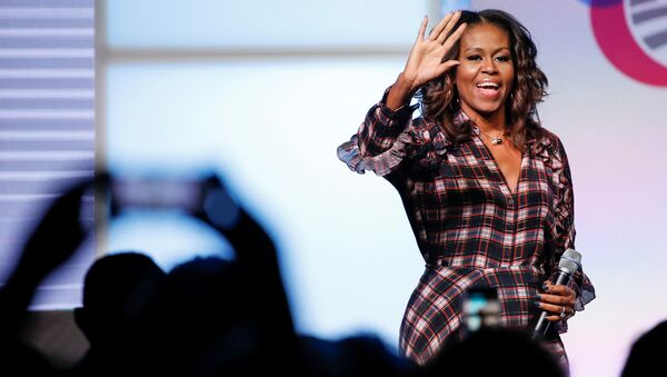 Former First Lady Michelle Obama arrives on stage before speaking during the second day of the first Obama Foundation Summit in Chicago, Illinois, U.S. - Sputnik International
