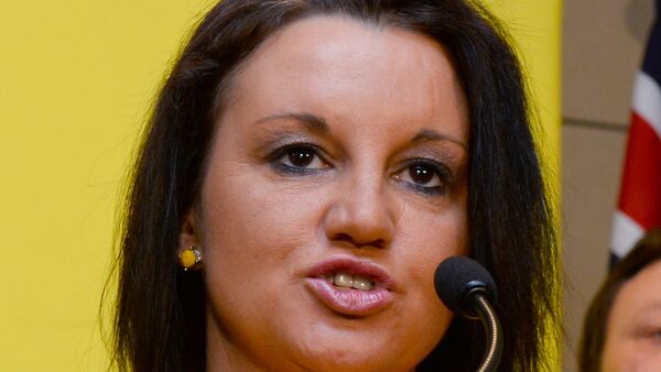 Senator Jacqui Lambie of the Palmer United Party (PUP) speaks during a press conference in Sydney on October 10, 2013. - Sputnik International
