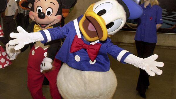 Disney cartoon characters Mickey Mouse and Donald Duck  - Sputnik International