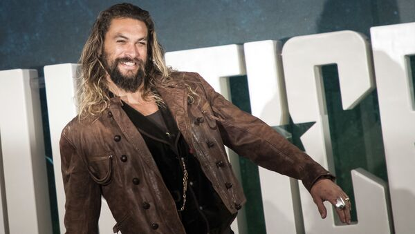 Actor Jason Momoa poses for photographers upon arrival at a photo call to promote the film 'Justice League', in London, Saturday, Nov. 4, 2017 - Sputnik International