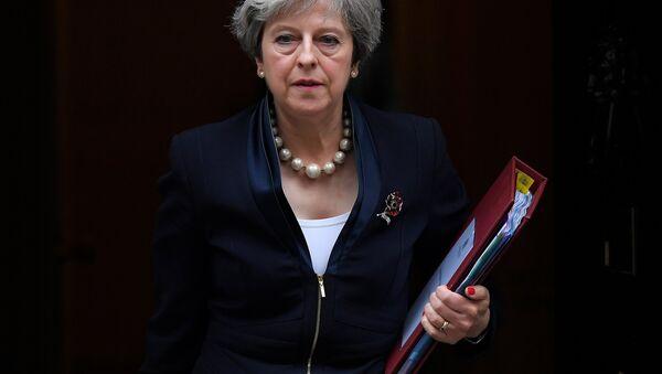 Britain's Prime Minister Theresa May leaves 10 Downing Street in London, November 1, 2017 - Sputnik International