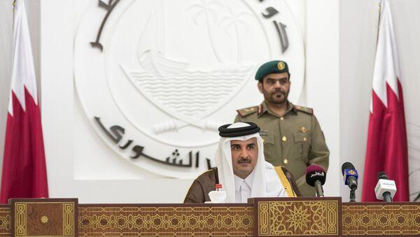 QatarÕs Emir Sheikh Tamim bin Hamad al-Thani is seen as he speaks to members of Qatar's Shoura Council in Doha, Qatar - Sputnik International