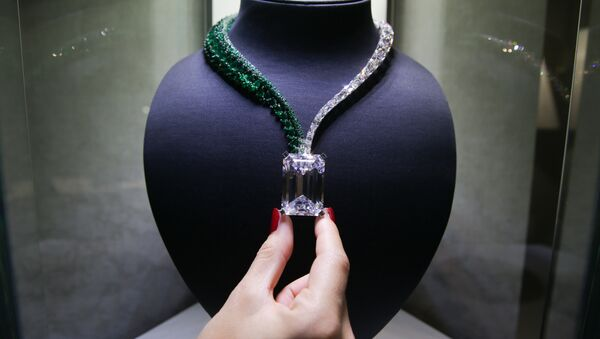 A necklace, known as Creation I, featuring a 163.41 carat D-Colour Flawless diamond, and created by Swiss jewellers de GRISOGONO, is pictured during a photocall. - Sputnik International
