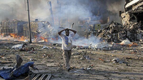 Последствия взрыва в центре Могадишо, Сомали - Sputnik International