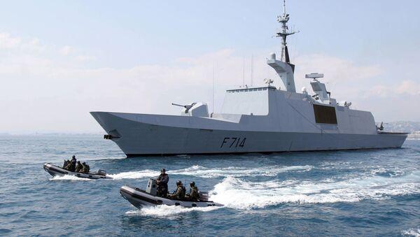 French La Fayette-class frigate La Guepratte is seen on a surveillance mission off Nice, 14 April 2005 - Sputnik International