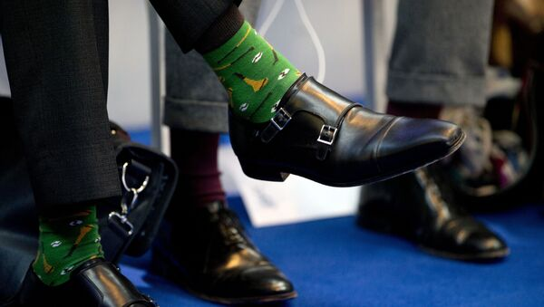 The shoes of Irish Prime Minister Leo Varadkar, left, during a round table meeting at an EU summit in Goteborg, Sweden on Friday, Nov. 17, 2017. European Union leaders warned Britain Friday that it must do much more to convince them that Brexit talks should be broadened to future relations and trade from December. - Sputnik International