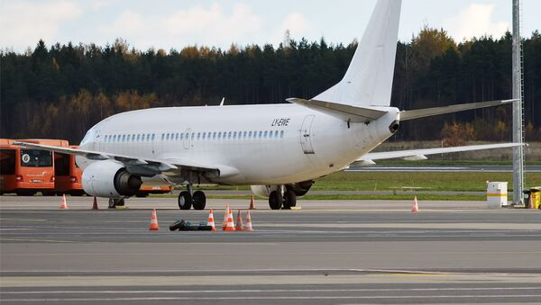 GetJet Airlines, LY-EWE, Boeing 737-330 - Sputnik International