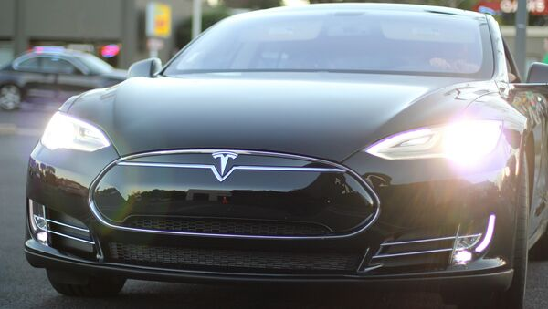 Tesla Model S - Sputnik International