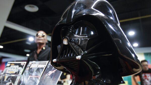 A life-sized Darth Vader helmet (File) - Sputnik International