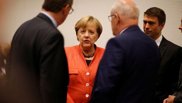 German Chancellor Angela Merkel attends a meeting of the CDU/CSU parliamentary group at the Bundestag in Berlin, Germany, November 20, 2017 - Sputnik International