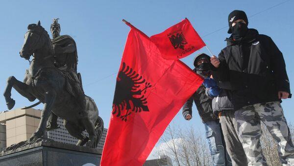 Albanian flag at the street in Pristina. (File) - Sputnik International