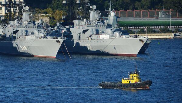Vladivostok, Russia. Pacific Fleet warships in the local Zolotoi Rog (Golden Horn) Harbor - Sputnik International