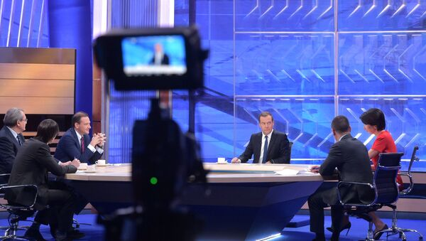 Russian Prime Minister Dmitry Medvedev's interview with Russian TV channels - Sputnik International