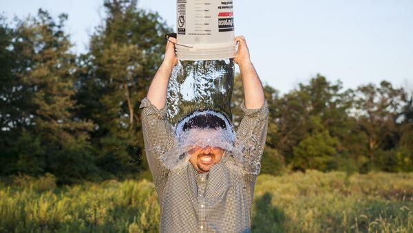 ALS Ice Bucket Challenge - Sputnik International