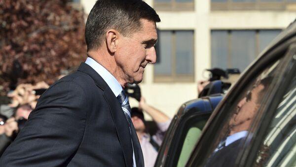 Former Trump national security adviser Michael Flynn leaves federal court in Washington, Friday, Dec. 1, 2017. - Sputnik International