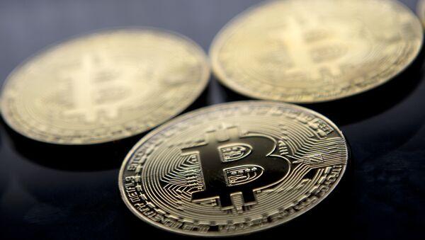 Bitcoin coins - Sputnik International