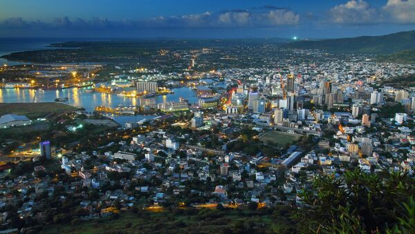 Port Louis, the capital city of Mauritius, is winding down in the evening - Sputnik International