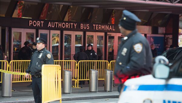 Police respond to a reported explosion at the Port Authority Bus Terminal on December 11, 2017 in New York - Sputnik International