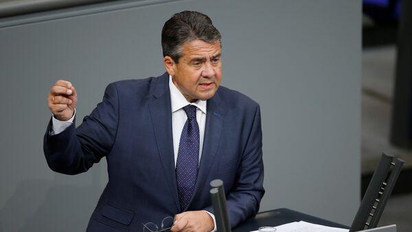 Sigmar Gabriel im Bundestag - Sputnik International
