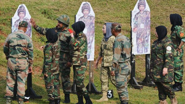 Afghan army cadets take part in a firing excercise during a training programme at the Officers Training Academy in the Indian city of Chennai - Sputnik International