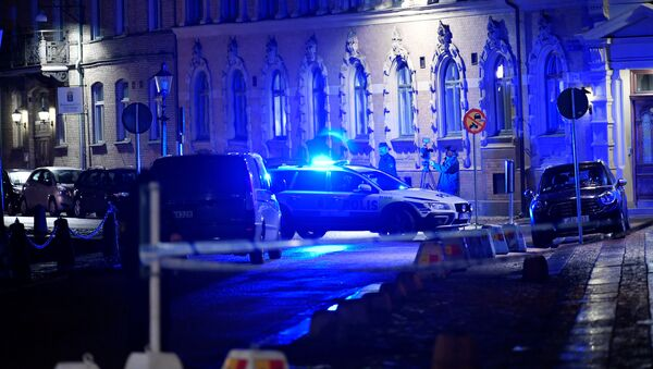 Police is seen at the site of an attack near a synagogue in Gothenburg, Sweden December 9, 2017 - Sputnik International