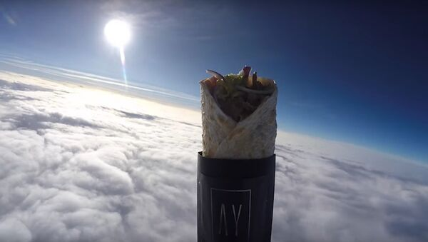 Kebab Gets Launched Into Space In World's First - Sputnik International