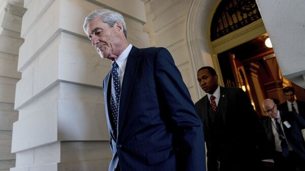 Former FBI Director Robert Mueller, the special counsel probing Russian interference in the 2016 election, departs Capitol Hill following a closed door meeting in Washington. (File) - Sputnik International