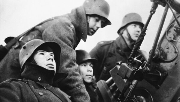 A Finnish anti-aircraft gun crew. (File) - Sputnik International