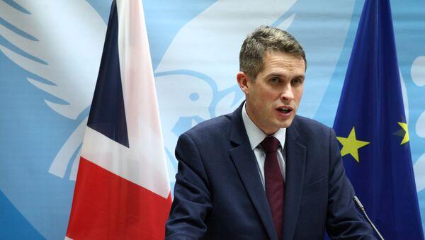 British Defence Secretary Gavin Williamson speaks to the media during a news conference in Nicosia - Sputnik International