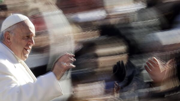 Pope Francis arrives for his weekly general audience, in St. Peter's Square, at the Vatican, Wednesday, Jan. 24, 2018. - Sputnik International