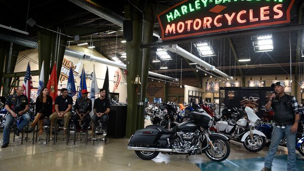 US soldier honored with a new Harley-Davidson motorcycle - Sputnik International