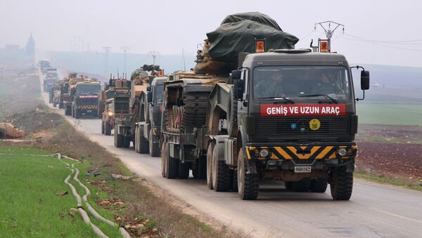 A Turkish military convoy passes through Kafr Halab in the south of Aleppo province on February 5, 2018 - Sputnik International