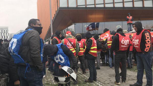French prison guard union SNP-FO protests in Paris, February 5, 2018 - Sputnik International