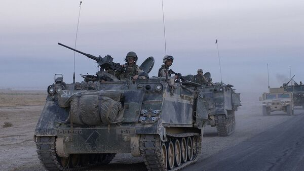 A US M113 deployed in Iraq - Sputnik International