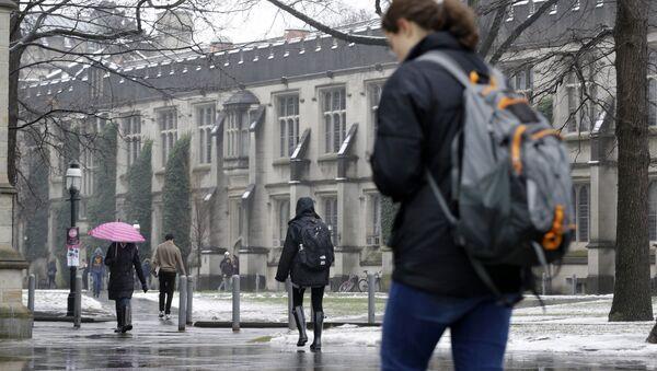 People walk at Princeton University in Princeton, N.J. (File) - Sputnik International
