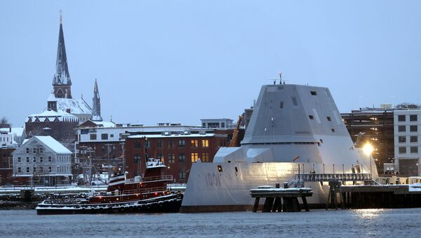The future USS Michael Monsoor docks in Portland, Maine, following offshore sea trials, Wednesday, Jan. 17, 2018. The Bath Iron Works-built ship is the second in the Zumwalt class of stealth destroyers. - Sputnik International