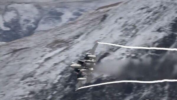 F-15 Mach Loop - Sputnik International