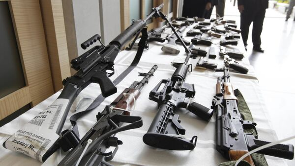 In this July 22, 2010, file photo, various guns are displayed at the Chicago FBI office - Sputnik International