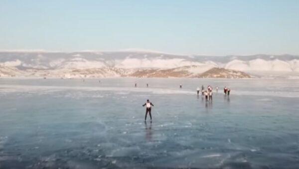 Ice Storm Race On Frozen Lake Baikal - Sputnik International