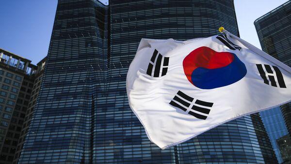 The Republic of Korea flag in Seoul - Sputnik International