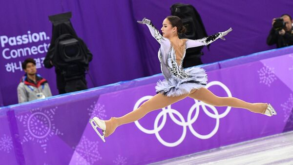 Olympic Athlete from Russia Alina Zagitova performs her short program during the women's figure skating competition at the 2018 Winter Olympics in Pyeongchang - Sputnik International