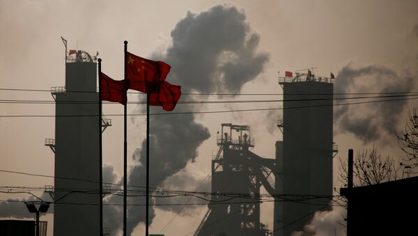 Chinese national flags are flying near a steel factory in Wu'an, Hebei province, China, February 23, 2017 - Sputnik International