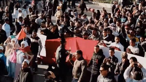 Scuffles as Protesters Demand Release of Anti-Mining Activists in Jerada - Sputnik International