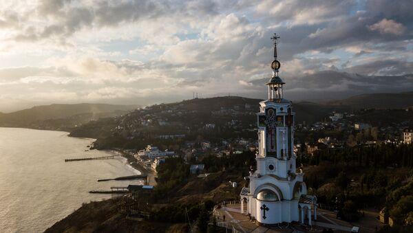 St. Nicholas' Beacon and Church in the Malorechenskoye Village, Sudak District, Crimea - Sputnik International