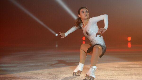 Adelina Sotnikova performs at Ilya Averbukh's Ice Age show at Iceberg Skating Palace in Sochi - Sputnik International