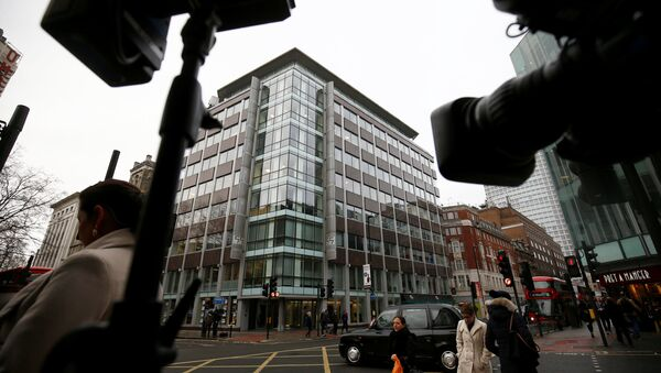 Cameras are trained on the the building housing the offices of Cambridge Analytica in central London, Britain, March 20, 2018 - Sputnik International