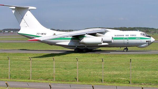 Algerian Air Force Il-76TD - Sputnik International