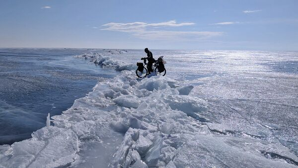 Baikal-Anirban-Choudhury-rides-through-tough-terrain - Sputnik International